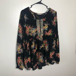 Entro Floral Long Sleeve Top